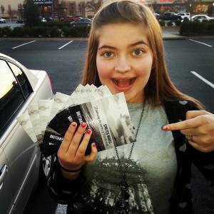 Somebody is excited!  #kaitlynelizabethaaron
